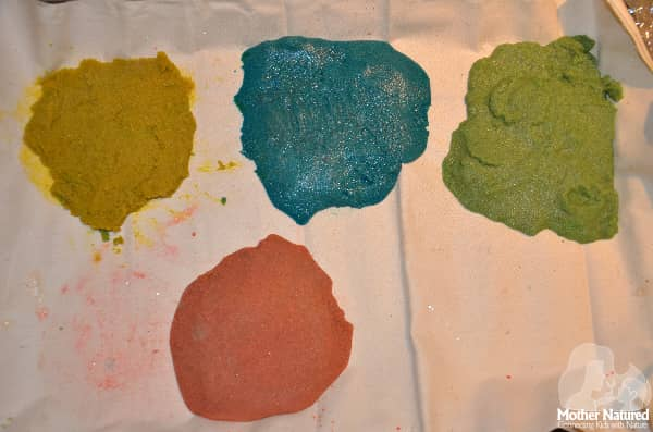 How to Color Sand