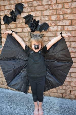 No-sew Bat Costume using an Umbrella