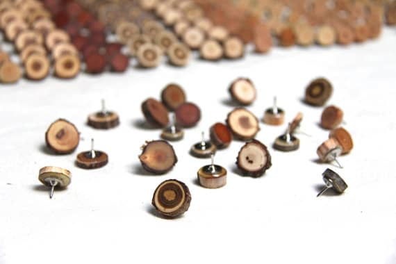 Thumb tacks wood