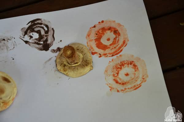 Painting and pressing mushrooms