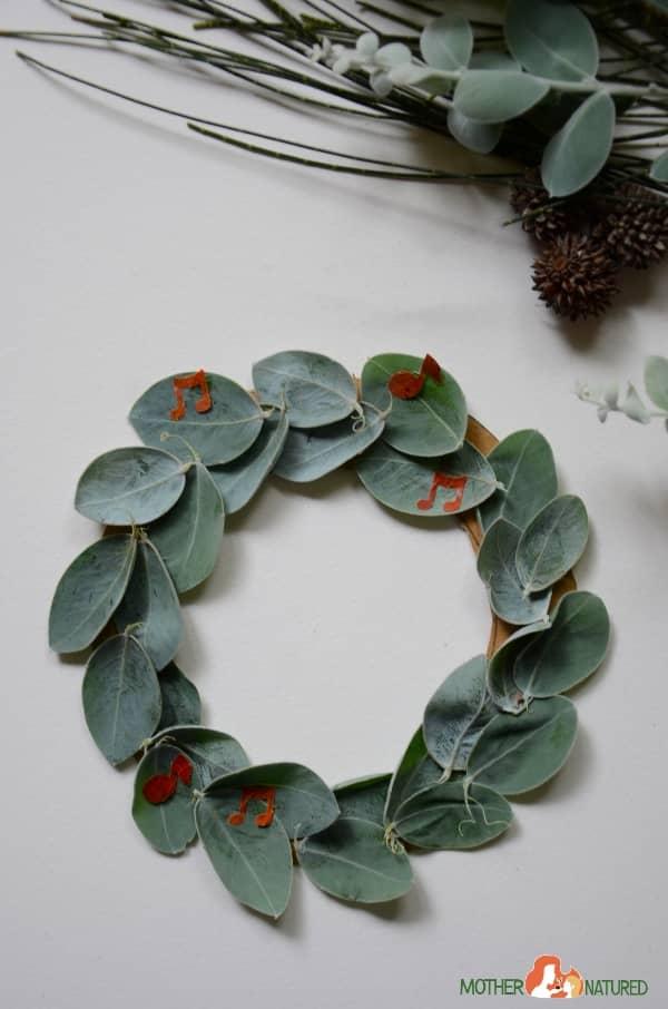 Wattle leaf wreath kids