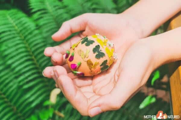 Easter Egg Nature Craft using Flowers and Leaves